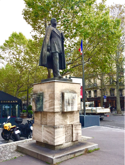 本次丈量活动,宫老师会带您行走于几条重要的街道,介绍拿破仑三世改造巴黎的宏伟规划,使您了解奥斯曼是如何忠实地、创造性地完成了这一历史重任,打造了一个现代巴黎。