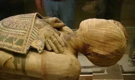 你想知道对于埃及人而言,生死之旅究竟是什么样的吗?