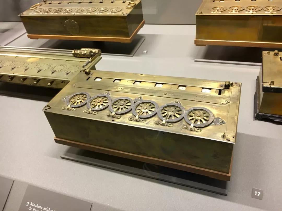 在这里,人们可详细了解法国历史上,特别是近代史上的重大发明创造,并追溯工艺进步的演变过程,里面的展品都是人类科学与艺术的结晶!