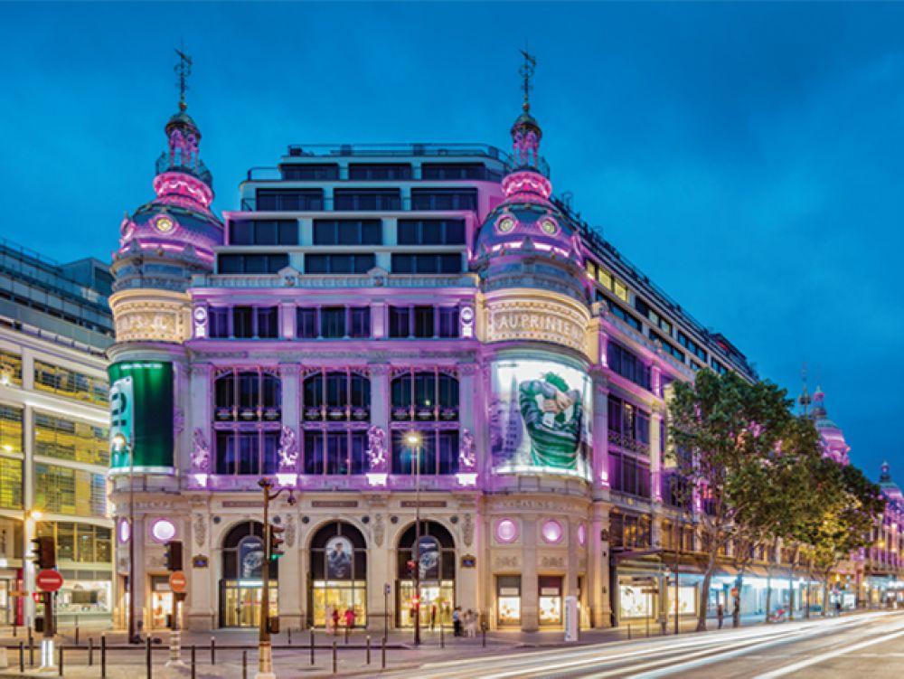 巴黎市内至今还保留着60%的奥斯曼式楼房,现在成为高品质房屋的代名词。
