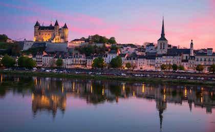 巴黎(Paris)-索米尔(Saumur)