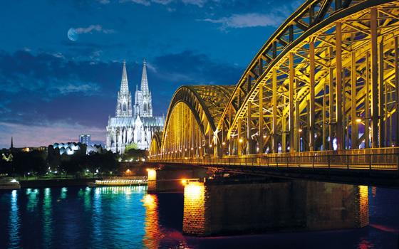 巴黎(Paris)-科隆(Köln)-杜塞尔多夫(Düsseldorf)