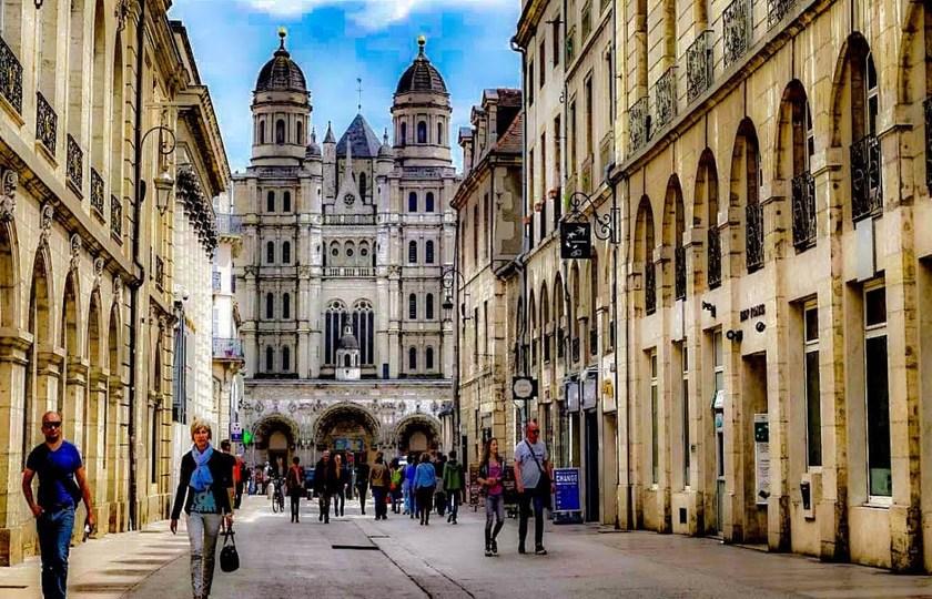 巴黎(Paris) -- 第戎(Dijon) -- 里昂(Lyon)
