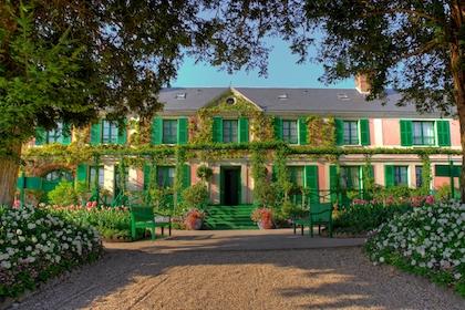 巴黎(Paris) - 凡尔赛宫(Château de Versailles) - 吉维尼小镇 (Giverny) - 莫奈花园(Fondation Monet ) - 奥维尔小镇Auvers-sur-Oise (梵高长眠之地)-巴黎(Paris)