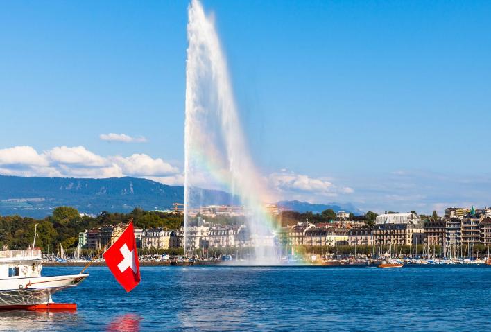 日内瓦(Geneve)-洛桑(Lausanne)-洛伊克巴德温泉(Leukerbad)或拉沃梯田(Lavaux)