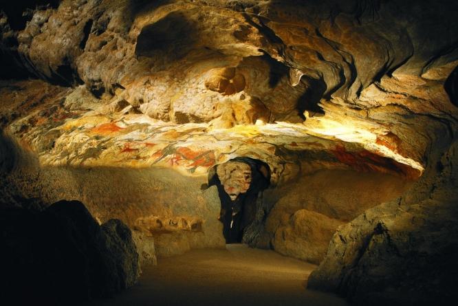 第二天拉斯科岩洞(Lascaux) – 萨拉拉卡内达(Sarlat-la-Caneda)
