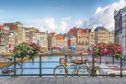 布鲁塞尔(Brussels) – 海牙(Den Haag)(或库肯霍夫花园(Keukenhof Garden)) – 阿姆斯特丹(Amsterdam)