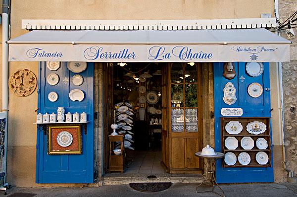 尼斯(Nice)-陶瓷小镇(Moustiers-Sainte-Marie)-圣十字湖(Lac De Sainte-Croix)-凡尔登峡谷(Gorges Du Verdon)(160KM)