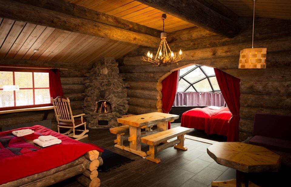 萨利色尔卡—卡克斯劳塔纳丨入住限量凯洛穹顶玻璃冰屋套房躺着看极光,雪原体验狗拉雪橇