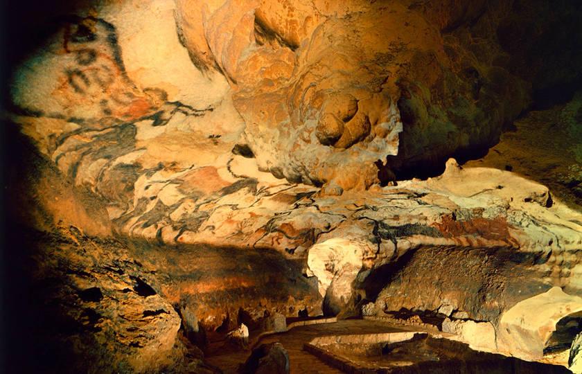 拉斯科岩洞(Lascaux)- La Roque St-Christophe
