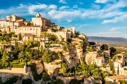 瓦朗所勒(Valensole)-红土城(Roussillon)-石头城(Gordes)-泉水小镇(Fontaine De Vaucluse)(120KM)