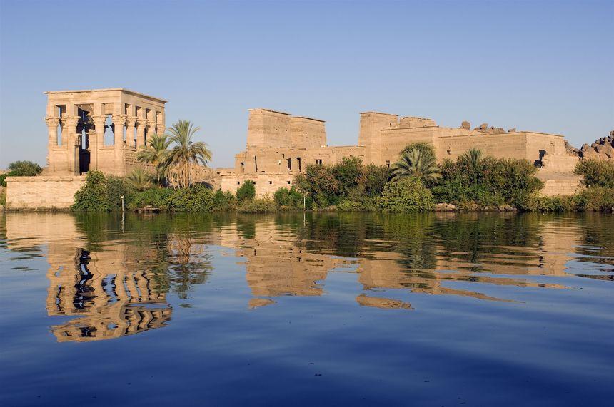 阿斯旺(Aswan)-游轮(bateau) (早,午,晚餐)