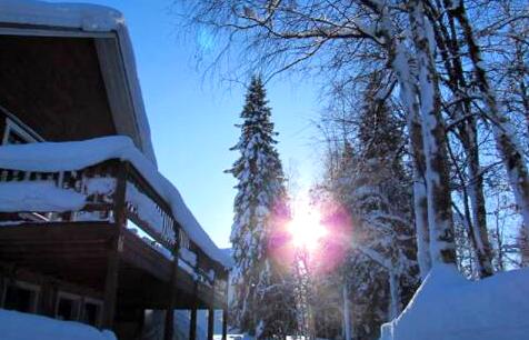 佩罗-于莱山-雪村