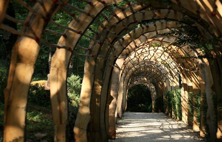卡梭诺德城堡(Chateau de Castelnaud) – 独木舟(Canoe)/马奎萨克花园(Les Jardins de Marqueyssac)