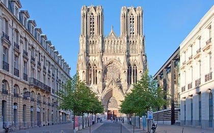 特里尔(Trier) – 卢森堡(Luxembourg) – 兰斯(Reims) – 巴黎(Paris)
