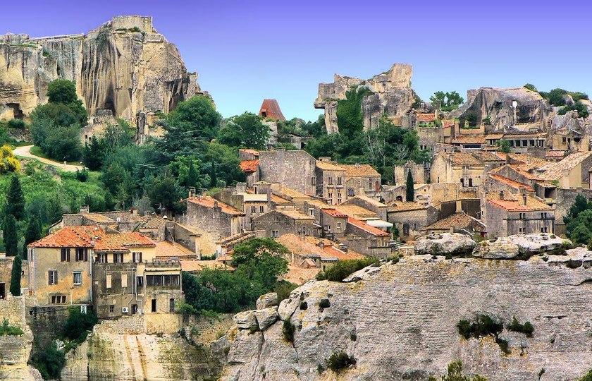 莱博小镇(Les Baux) – 圣雷米小镇(Saint Remy) – 加尔水道桥(Pont du Gard)