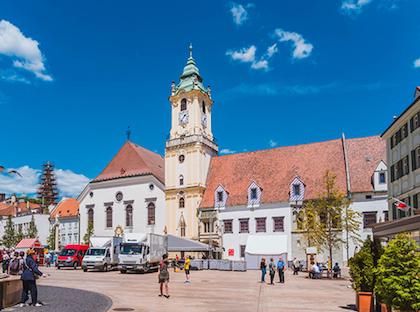 布拉格(Prague) - 布拉迪斯拉发(Bratislava)