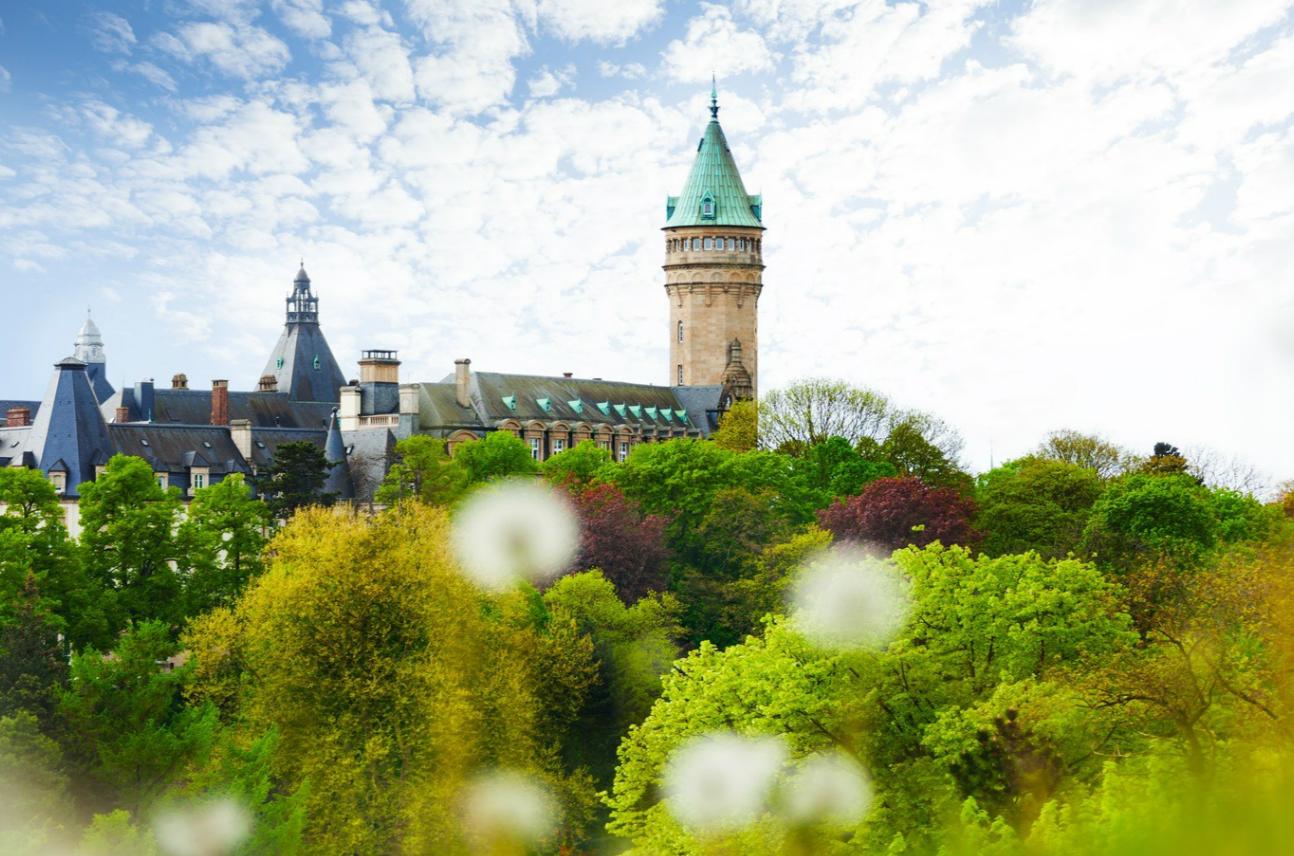 波恩(Bonn)- 特里尔(Trier)- 卢森堡(Luxembourg)- 昂内维尔(Amneville)