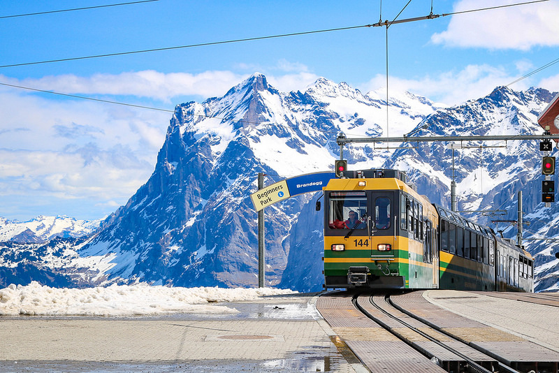 卢塞恩(Lucern)-少女峰(Jungfraujoch)-因特拉肯(Interlaken)