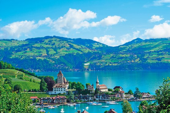 因特拉肯(Interlaken) –施皮茨(Spiez)-图恩湖(Thun)-伯尔尼(Bern)