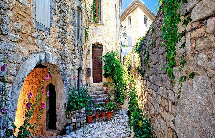 石头城(Gordes) - 泉水小镇(Fontaine de Vaucluse) - 阿维尼翁(Avignon)