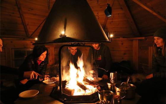 基律纳-库瓦拉保护区丨萨米人极光营地,极地荒野生存体验