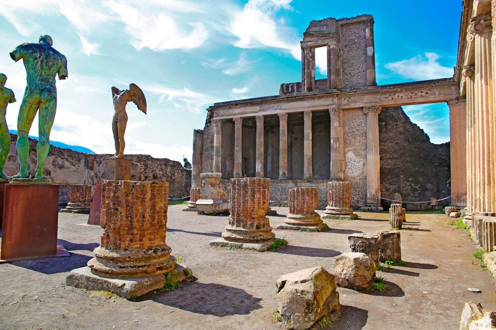 马泰拉(Matera)-庞贝(Pompei)-索伦托