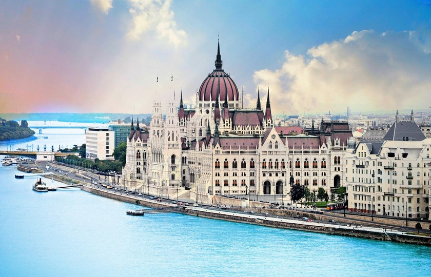 布拉迪斯拉法(Bratislava)- 布达佩斯(Budapest)