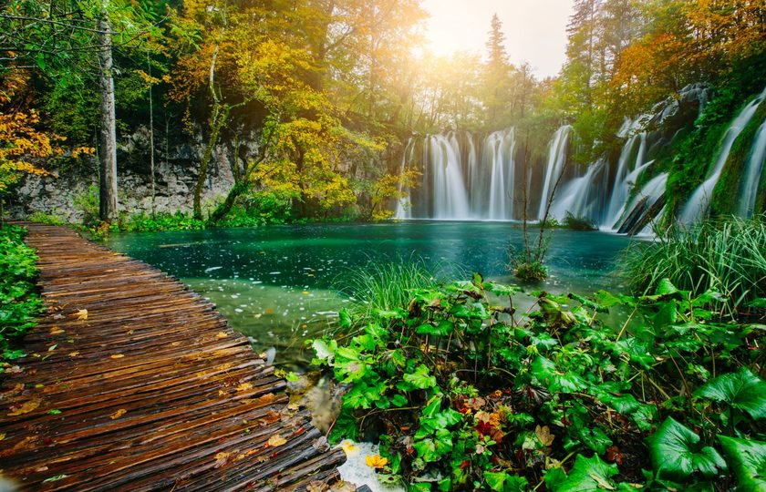 十六湖公园(Plitvice Lakes National Park)