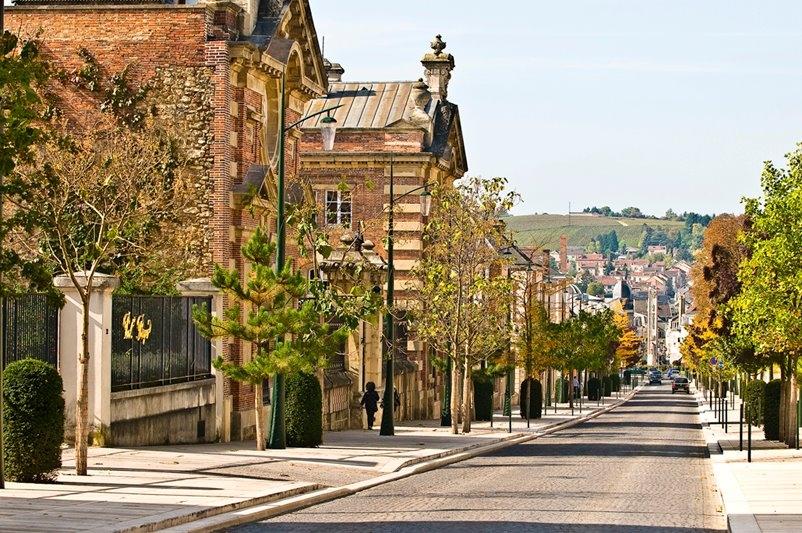 巴登巴登(Baden-Baden)-埃佩尔纳(Epernay)-巴黎(Paris)(534KM)