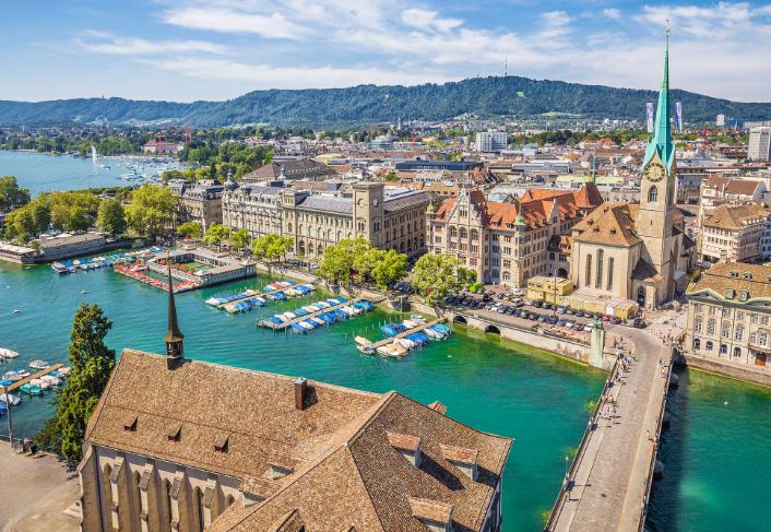 因特拉肯(Interlaken)-伯尔尼(Bern)-苏黎世(Zurich)(181KM)