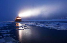 吕勒奥-凯米-赫尔辛基 丨极地探险破冰轮出海破冰,体验超刺激海中冰浮