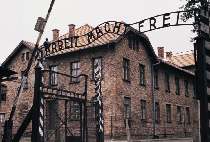 克拉科夫(Krakow)-奥斯维辛(Auschwitz-Birkenau)-华沙(Warsaw)(381KM)